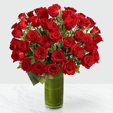 FTD Fate Luxury Rose Bouquet